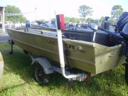 Pre-Owned 2005 Tracker Power Boat for sale