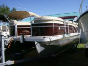 Used 2016 Bennington 20SL Power Boat for sale